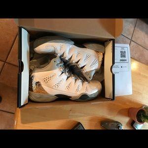 Jordan Melo M10 size 10.5